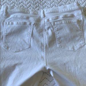LOFT Jeans - Loft 5 Pocket Frayed White Jeans